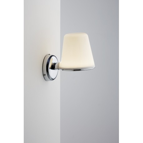 IP S8 Wall Light