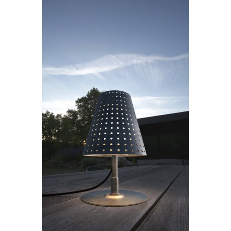 Fuse Outdoor Table Lamp