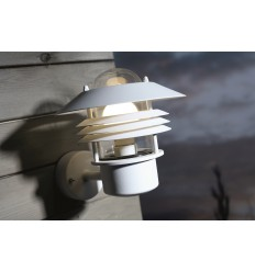 Vejers Wall Light (up)